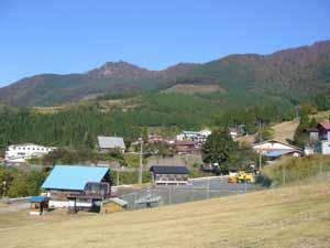 スキー場のオフシーズンの景色 -わかさ氷ノ山-