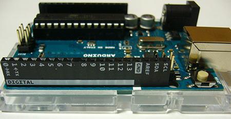USB側の接続端子